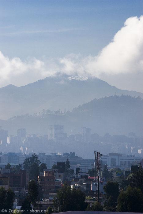 Volcán Sincholahua. Sincholahua volcano. Quito (Pichincha, Ecuador)