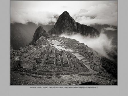 Machu Picchu (original diapositiva 6x7 color). Machu Picchu (digital photography from a 6x7 color slide). ©Jordi Vidal - Valentí Zapater